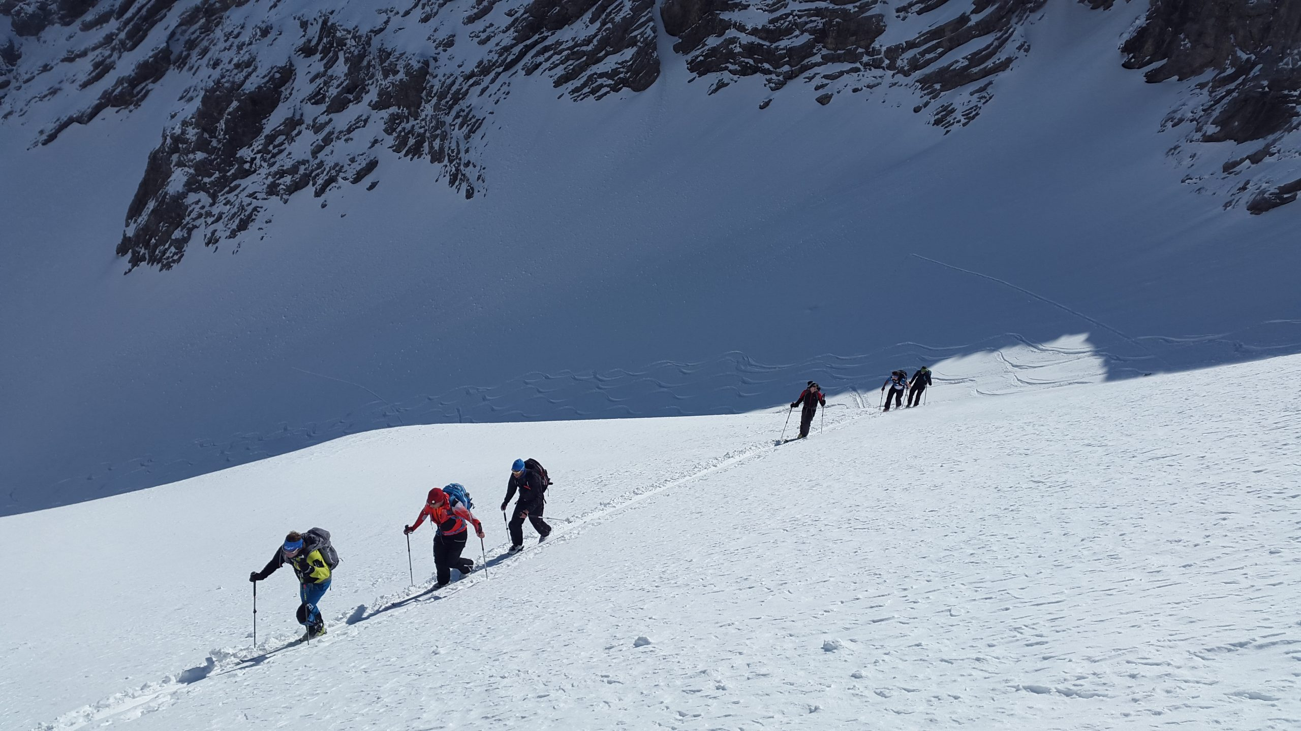 ski-mountaineering-1375016